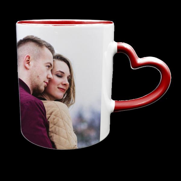 Tazza bianca con interno e manico a cuore rossi personalizzabile con foto