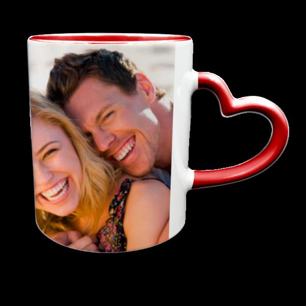 tazza personalizzata con interno e manico a cuore rossi