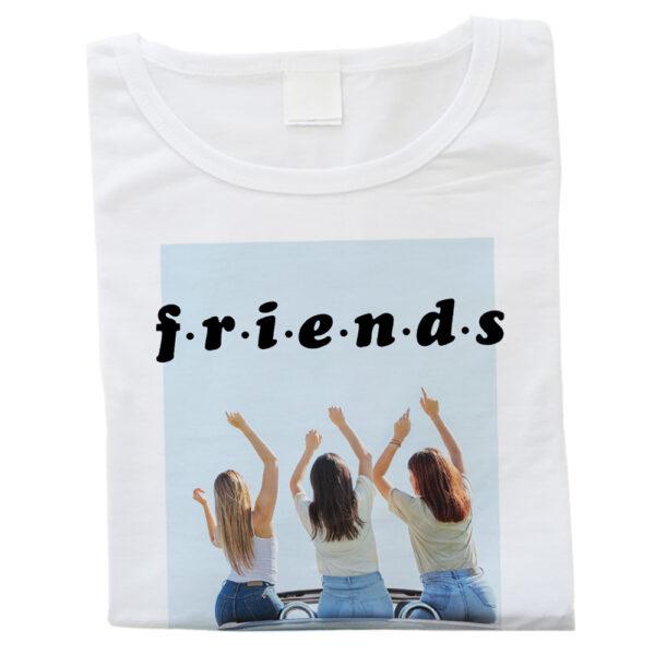 t-shirt bianca personalizzata da donna
